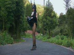 丝间舞VIP视频-2012八月一套