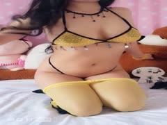 夏茉果果-黄丝袜的诱惑4